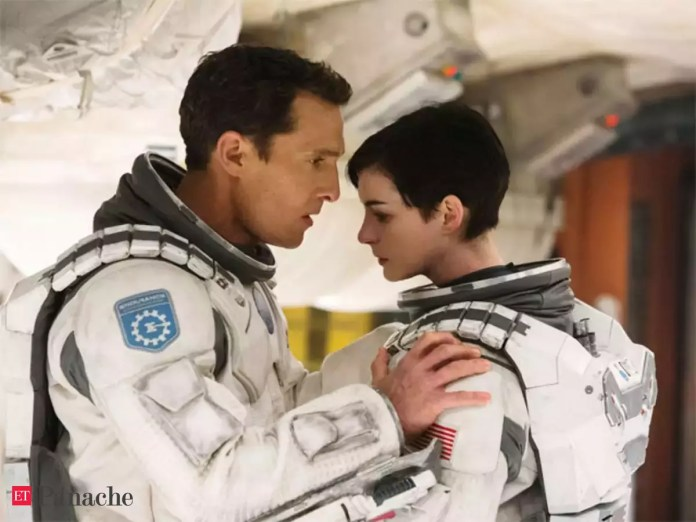 Movie Review: Interstellar, Christopher Nolan delivers a masterpiece - The  Economic Times