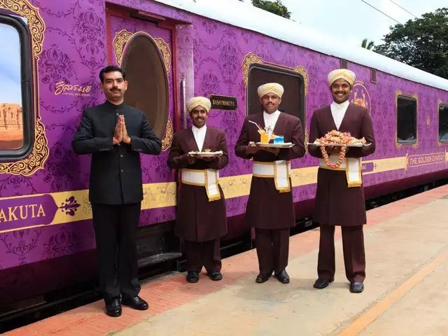 Golden Chariot Luxury Train to Tour South India