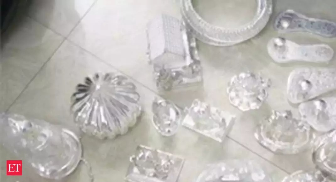 Govt eases conditions for silver import