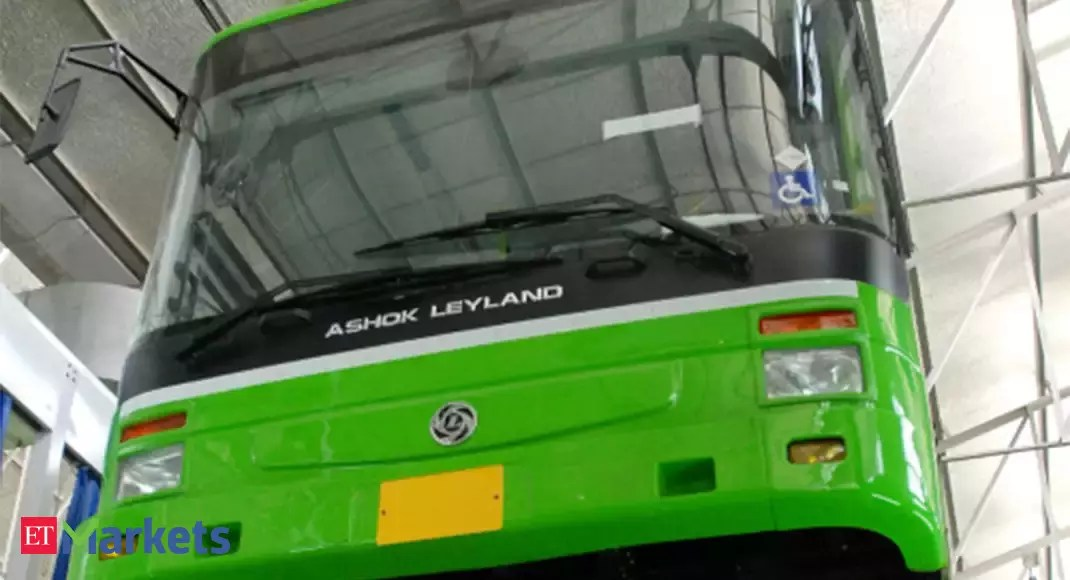 Ashok Leyland to raise up to Rs 500 crore