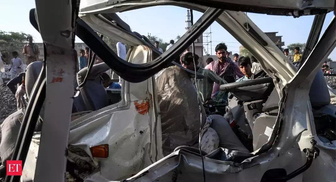 Train hits bus carrying Sikh pilgrims in Pakistan: 20 dead