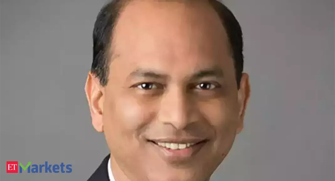 Mix and match digital with good IT companies: Sunil Singhania