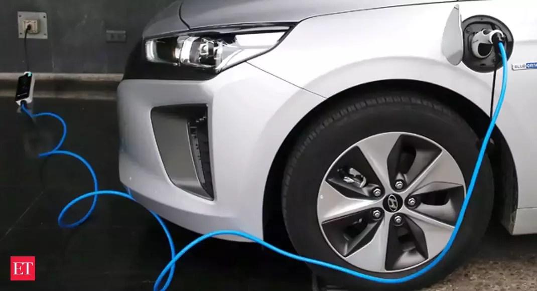 Electric car sales rose 41% in 2020, despite COVID-19 hurting global car sales