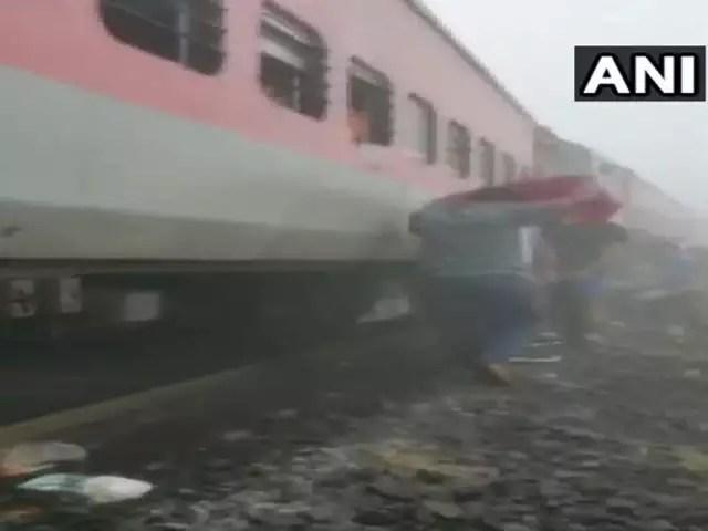 Train Derails In Eastern India, Injuring 16