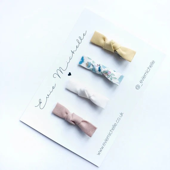 Pack of four dainty bows