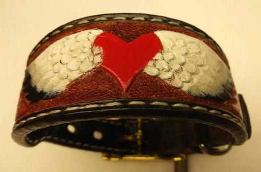 Custom hearts collar, lea...