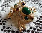 Sparkling Vintage Frog To...