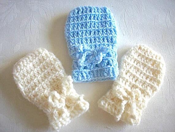 Crochet Thumbless Baby Mittens Pattern