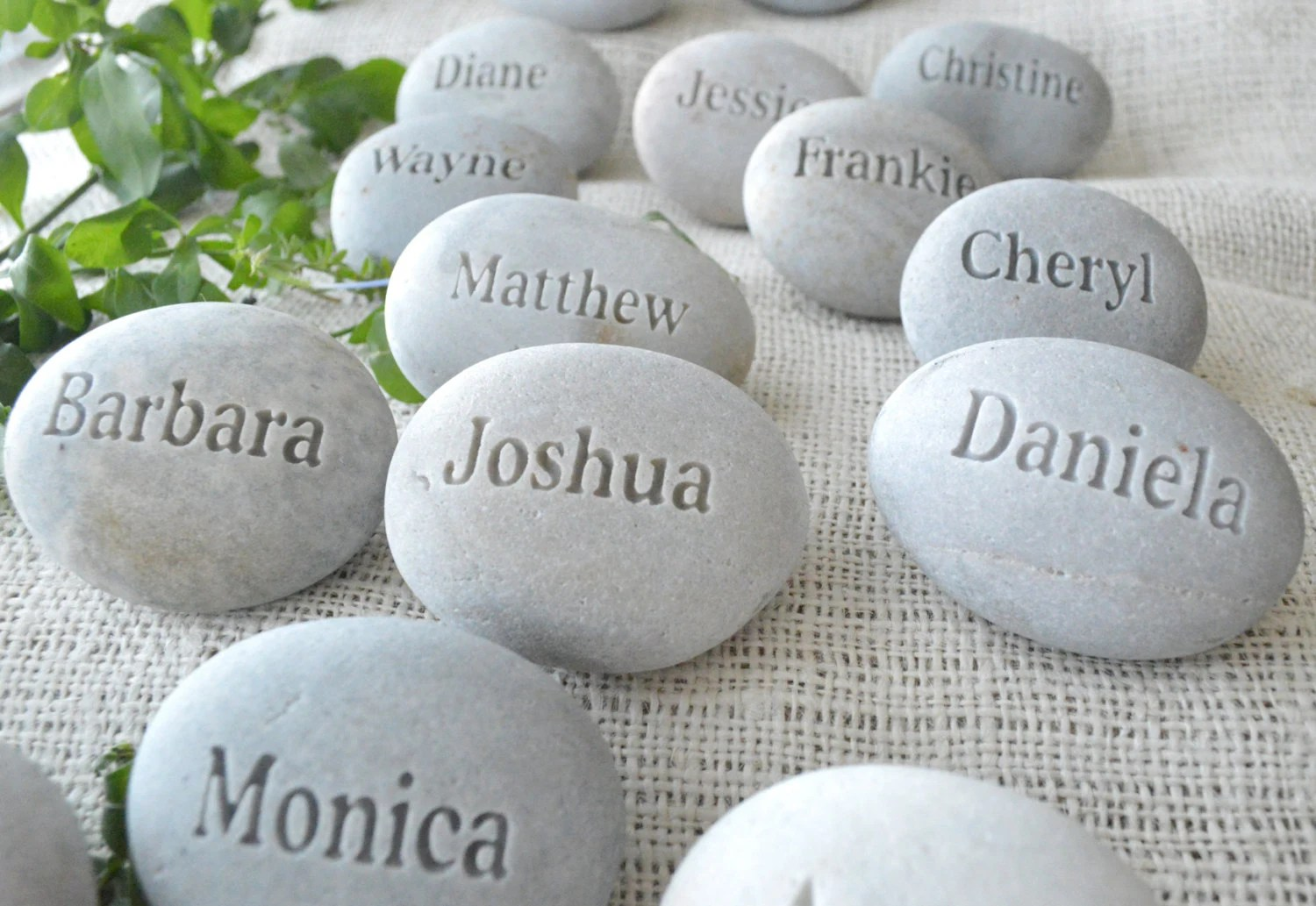 Place Setting And Wedding Favors Personalized Guest Gifts