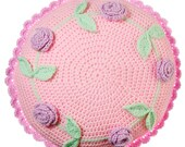 Crochet Pillow with roses...