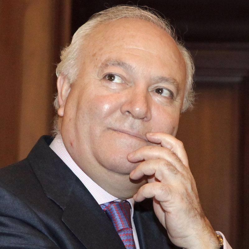 Moratinos confía en que la UE apoyará un acuerdo bilateral con Cuba