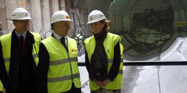 Foto: Blanco preside el final de las obras de perforación del túnel del AVE de Madrid (EP)