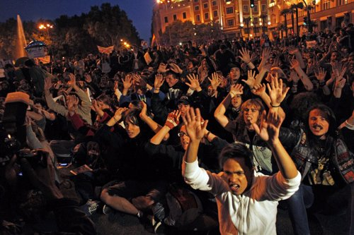 Concentración de 'indignados' en la plaza de Neptuno