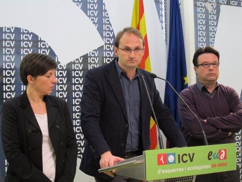 Joan Herrera, líder de ICV-EUiA, se muestra crítico ante la cumbre