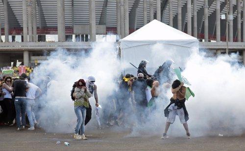 Enfrentamientos en el estadio de Maracaná de Río de Janeiro, en Brasil