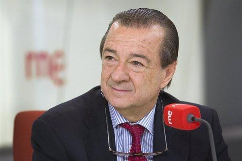 El fiscal de Seguridad Vial, Bartolomé Vargas, durante la entrevista en RNE