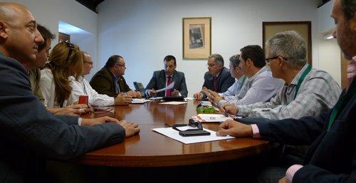 Ruiz Canto durante la reunión