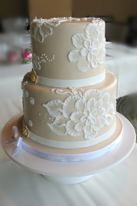 For Your Sweet Wedding  20 Affordable Amazing Wedding Cakes     20 Affordable Amazing Wedding Cakes