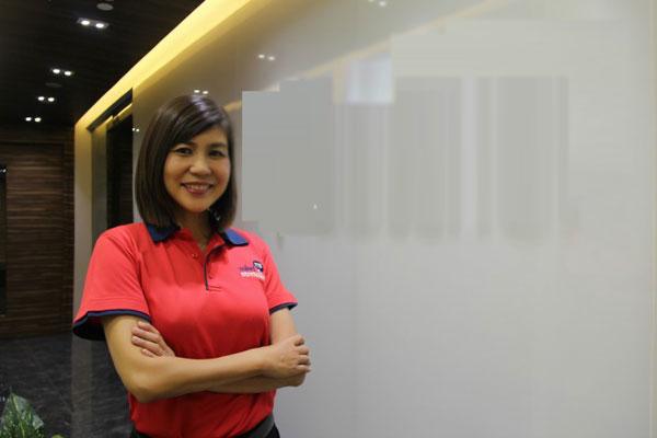 me-don-than-4-con-tro-thanh-nu-doanh-nhan-noi-tieng-singapore-1