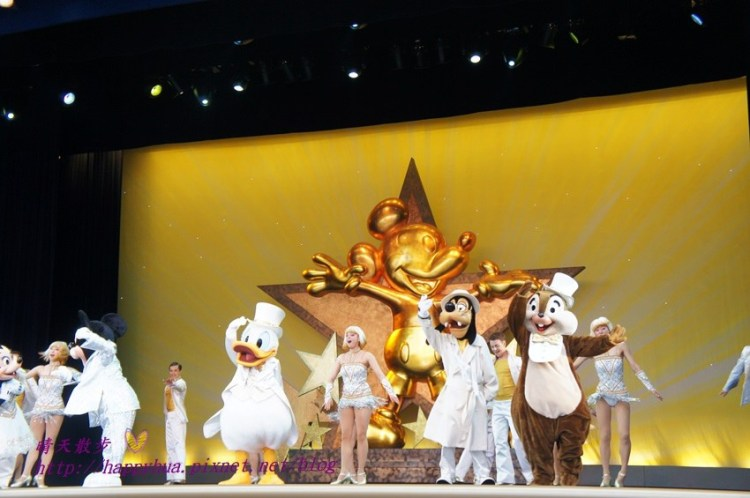 [日本]東京迪士尼樂園∥明日樂園:迪士尼必看精彩表演~一個人的夢想II之魔法長青One Man's Dream II- The Magic Lives On(第一場免抽籤)