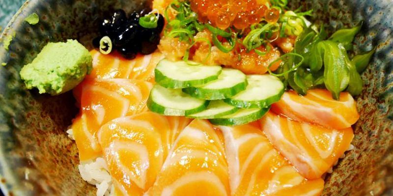 科博館美食|丸野鮨日式料理~小資族、親子推薦平價日式食堂 炸豬排、親子丼、小火鍋 內用附免費味噌湯、飲料、冰淇淋