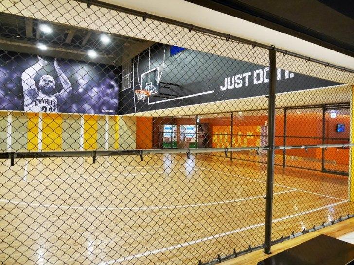 20181127174935 30 - 大魯閣新時代|WeSport籃球場~有冷氣的室內籃球場 颳風下雨也能打籃球