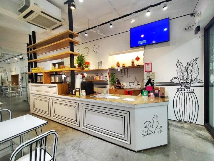 20200331225955 64 - 一起ㄔ雞~黑白漫畫風格的美式炸雞店,飲料、炸雞、炸物、簡餐通通有,還有炸全雞,近審計新村