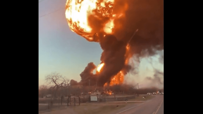 Watch Fiery TX Blast after Train Collides with Tractor-Trailer (image)