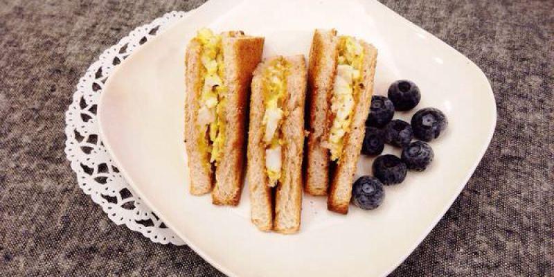 【小廚房】自製早餐-超簡單蛋沙拉三明治