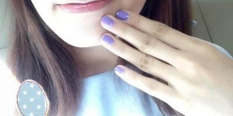 露華濃經典指甲油#220魔法亮紫試色+MJ琉璃水晶亮甲油使用心得