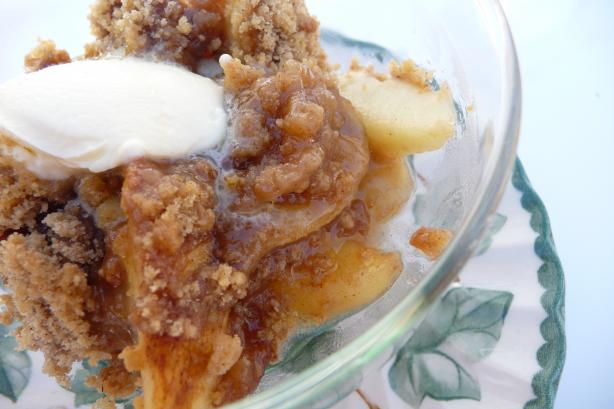 So Easy and Tasty Apple Streusel. Photo by Tea Jenny