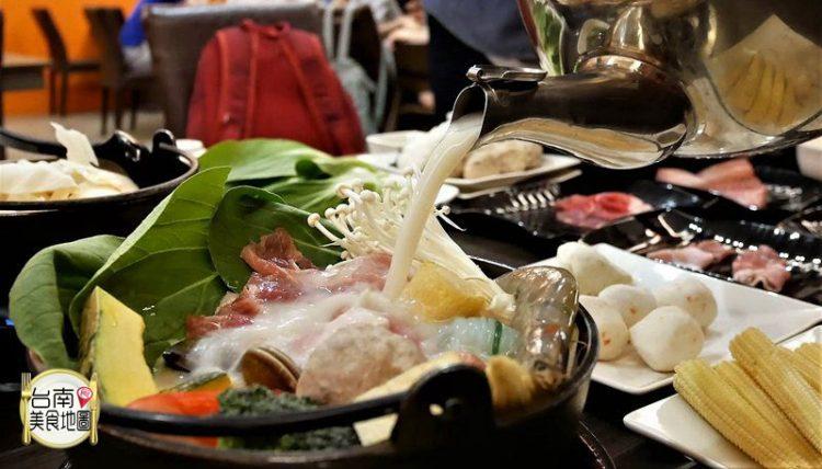 【台南-北區美食】台南最好吃的牛奶鍋推出新口味/生日優惠/必吃牛奶鍋/平日中午8折