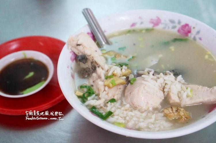 台南白河美食│超大塊的肉鮮甜的魚湯,在地人超推薦的小吃