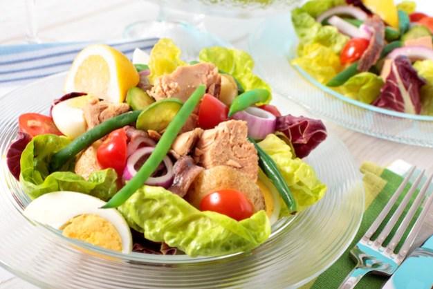 atum-nicioise-salada-arranjado-tabela_1147-489.jpg?size=626&ext=jpg&ga=GA1.2.890310161 Como perder barriga em menos de um mês