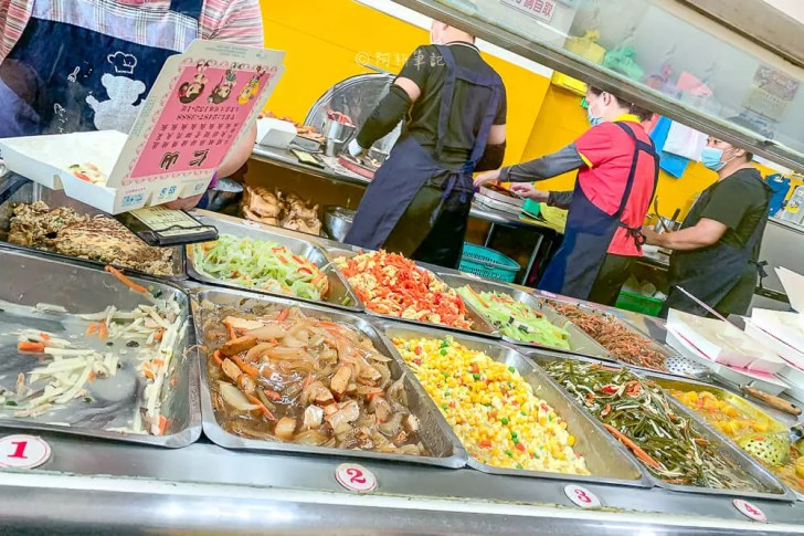 IMG 7723 - 仁山爌肉飯│大里在地人激推!招牌竟然是排骨、雞腿,而不是爌肉...