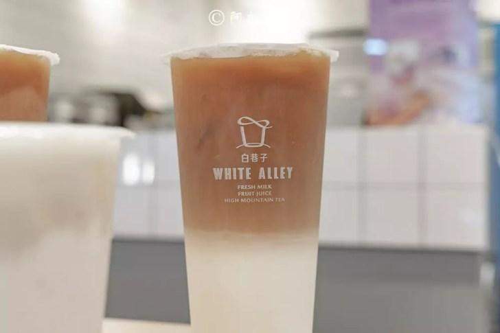 DSC02381 - 熱血採訪│芝士奶蓋必喝!從嘉義紅到國外的白巷子,台中也能喝得到,日本民眾大排長龍為了這一味