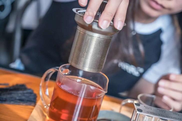 DSC00466 - Workshop Tea Room & Foods|台中超好拍歐洲茶罐打卡牆,建築黑色質感必拍,店家全天候供餐!