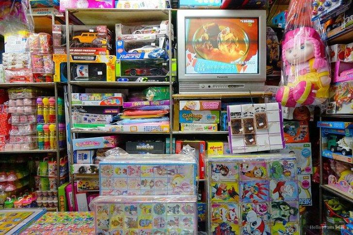 DSC08765 - 新南興糖果玩具行|隱藏第二市場旁,6、7年級生的童年回憶,走到店內仿佛回到過去,久久不能自己...