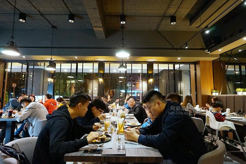W-Restaurant-18
