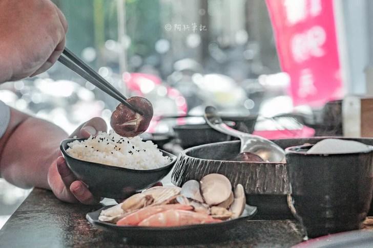DSC00115 - 熱血採訪│台中少見悶燒蛤蜊鍋,一開鍋整個胃口大開,營業到凌晨的京燒渦物