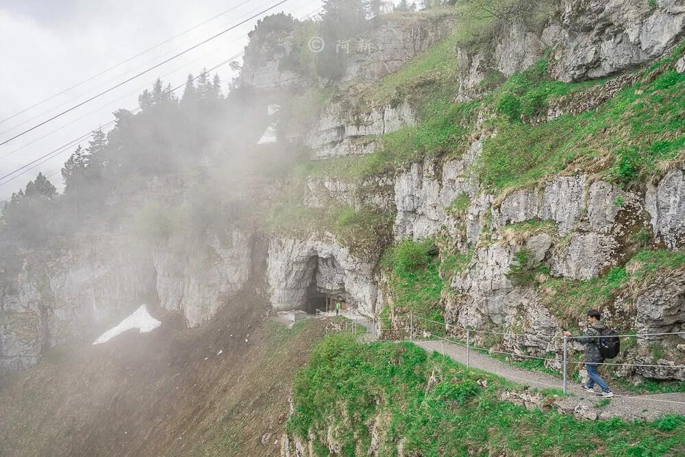 Berggasthaus Aescher,瑞士懸崖餐廳Berggasthaus Aescher Wildkirchli,瑞士懸崖餐廳,Berggasthaus Aescher Wildkirchli,瑞士山崖餐廳-21