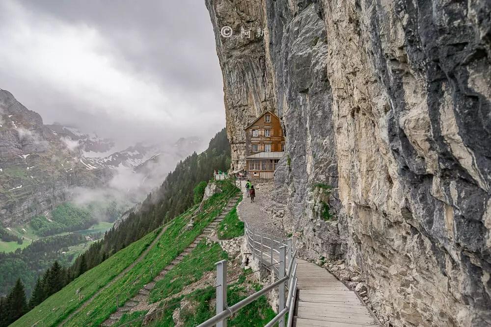 Berggasthaus Aescher,瑞士懸崖餐廳Berggasthaus Aescher Wildkirchli,瑞士懸崖餐廳,Berggasthaus Aescher Wildkirchli,瑞士山崖餐廳-35