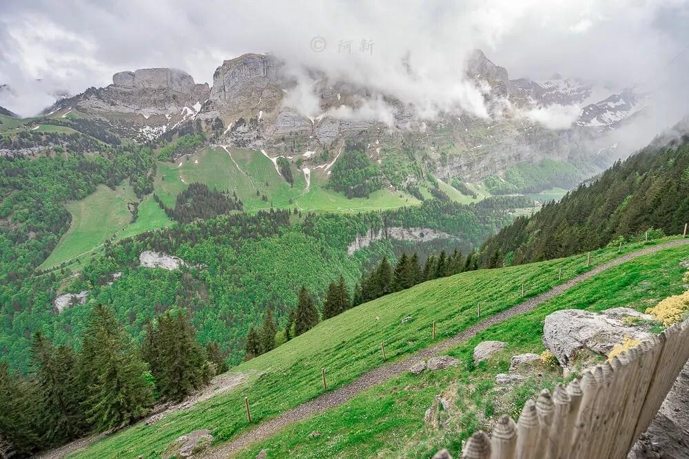 Berggasthaus Aescher,瑞士懸崖餐廳Berggasthaus Aescher Wildkirchli,瑞士懸崖餐廳,Berggasthaus Aescher Wildkirchli,瑞士山崖餐廳-43