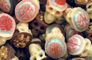 [視覺傳達]巧克力食品裝置藝術