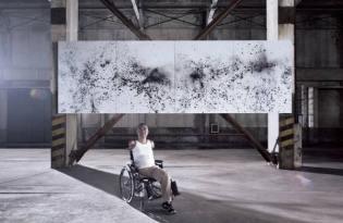 [視覺傳達]利用科技讓身障人士透過腦波完成作畫夢想