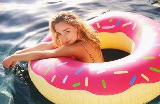[產品設計]Floatie Kings甜點游泳圈