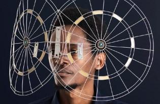 [創意設計]廢棄前衛眼鏡裝置藝術