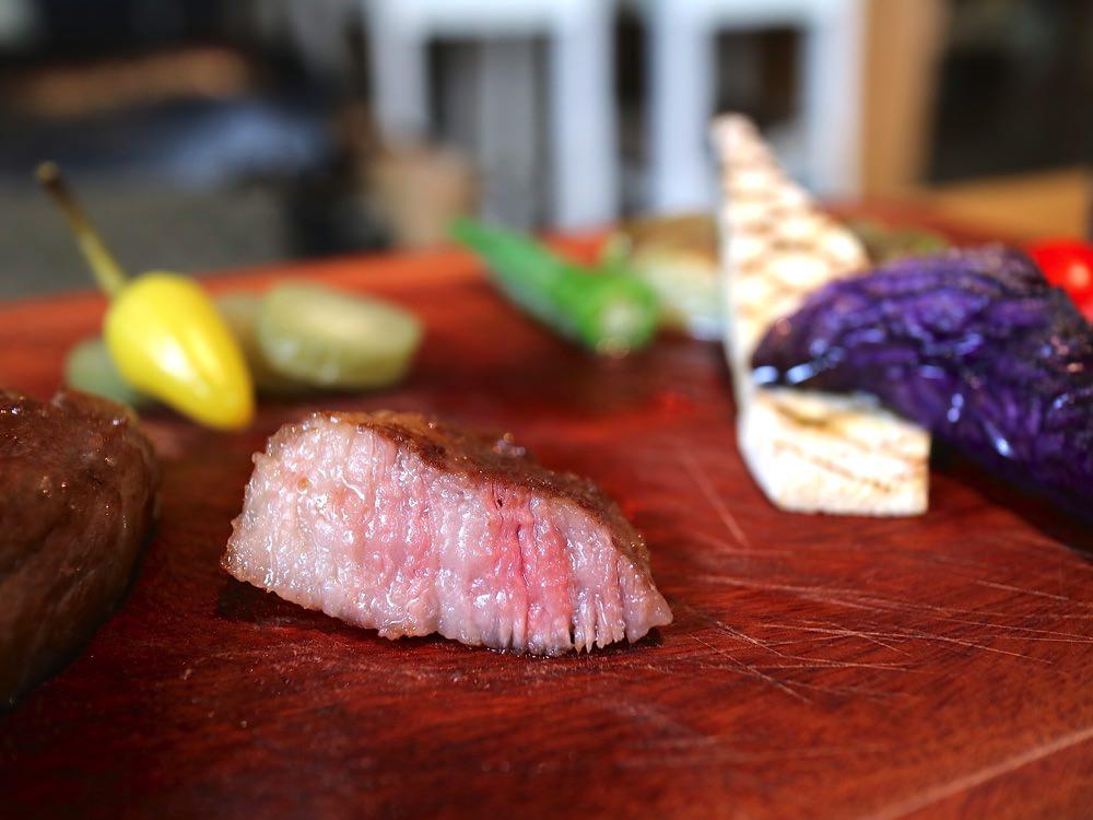 美味的日本鹿兒島A5和牛套餐,在成大就吃得到!X Dining艾克斯義式餐酒館 台南成功大學大學路22巷內高質感餐廳,無添加料理,天然健康的美味