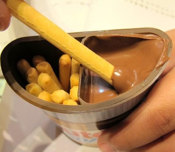 『Nutella 能多益隨手杯』火紅的超商小零食。現在49元就買得到囉!