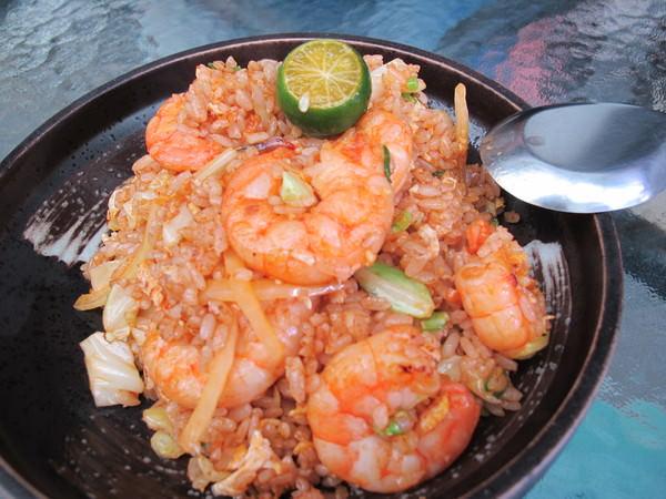 (台南。中西區美食) 史上第一名 超美味炒飯-【飯賣人口】之泰式酸辣蝦仁蛋炒飯